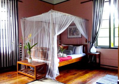 Salmal Room